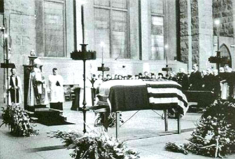 Nikola Tesla Funeral Pictures Of Infinity